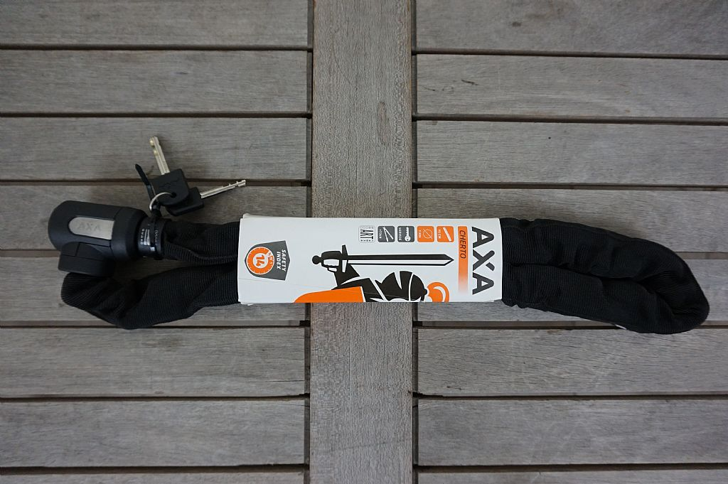 AXA: Cherto Fietsslot 95cm   € 34,95
