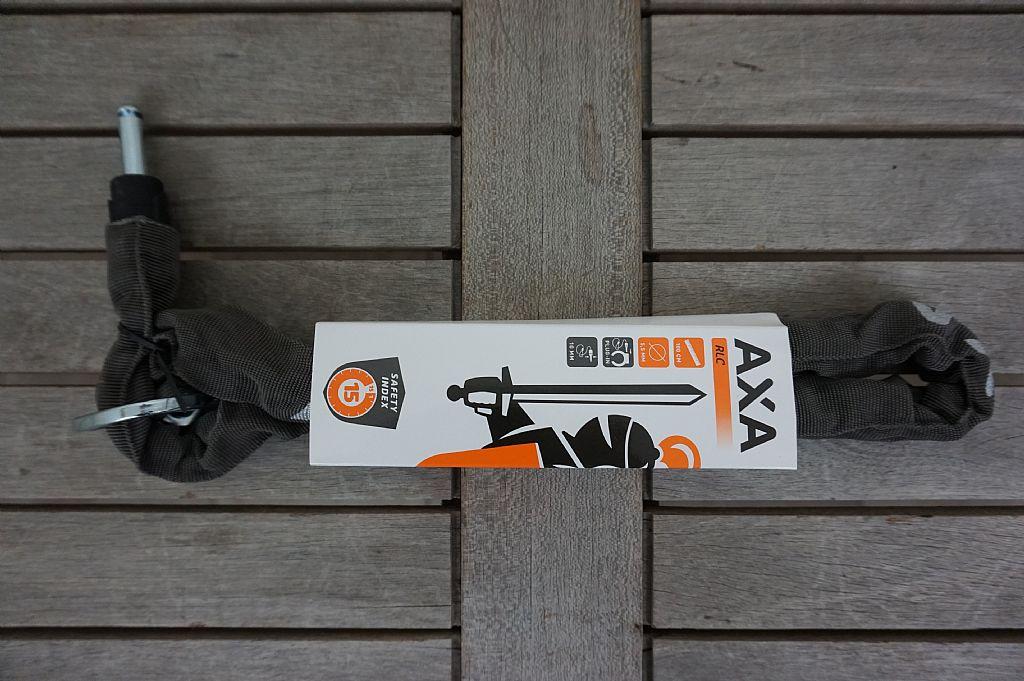 AXA: RLC Fietsslot 100cm   € 25,95